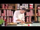 Pan de sardinillas Cuca con tomate y queso por Pepe Solla - 2013